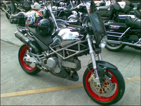 Ducati Monster 620s.ie Crazy Modification