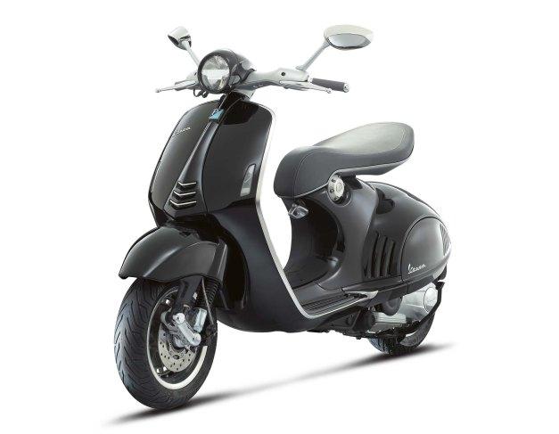 Vespa-946-scooter-01