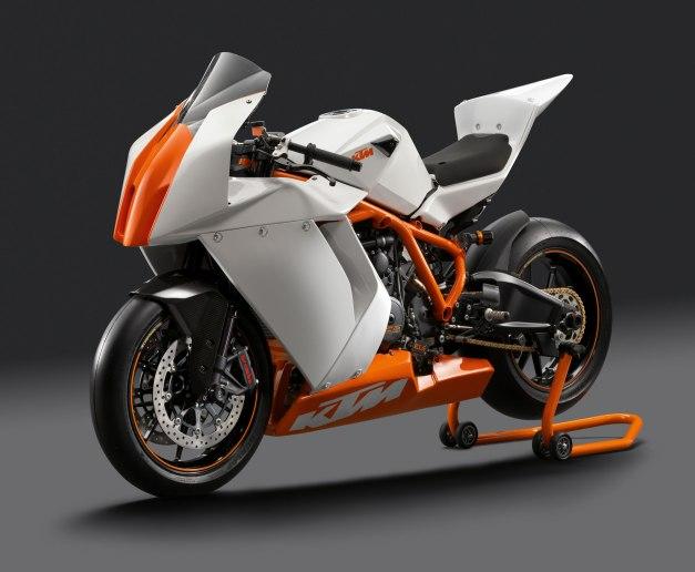 2012-KTM-1190RC8RTrack1