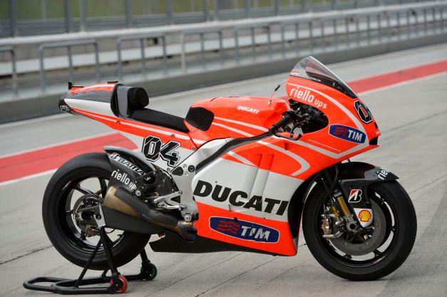 Ducati-Desmosedici-GP13-Sepang-Test-1-19