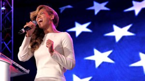 Beyonce singing at press conference