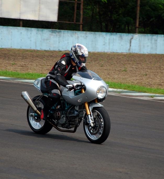 my Bike Trackday (6).JPG