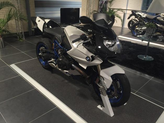 BMW Hp2 Sport (1).JPG