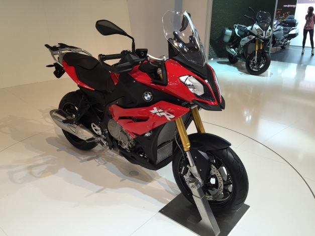 E - BMW S1000XR  Red.JPG
